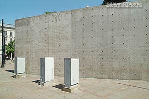 Berlin-Wall